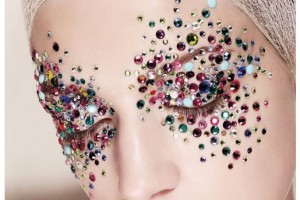 Make Up , 7 Rhinestone Eye Makeup : rhinestone studded eye makeup