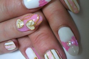 480x640px 5 Romantic Nail Art Design Picture in Nail