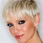 sarah harding short hair 5 150x150 Hair Styles for Full Figured Women , 6 Long Hair Full Figured Women In Hair Style Category