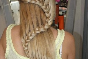 Hair Style , 6 Unique Hair Braiding Styles : shaped braid for long hair