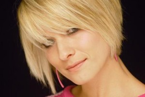 Hair Style , 7 Short Thick Hairstyles For Women : thick hairstyles for women