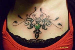 tattoo , 7 Necklace Tattoos For Women : tribal en pecho 30 Sexy Tribal Tattoos For Women