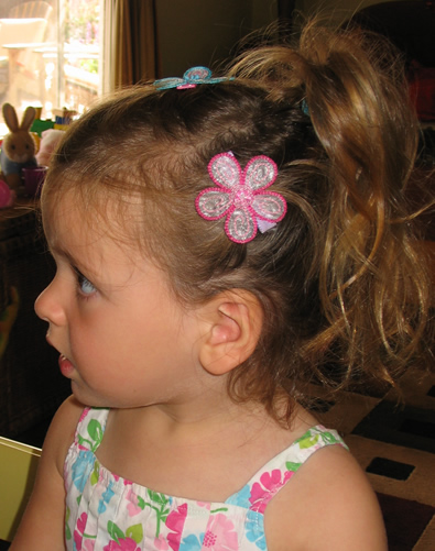 5 Toddler Flower Girl Hairstyles in Hair Style