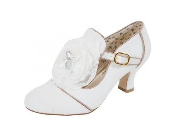 Shoes , 8 Vintage Style Dress Shoes : Vintage Style Broidery Pearl Crystal Shoes