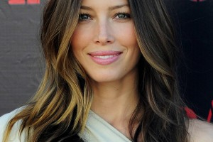 Hair Style , 8 Gorgeous Long Hair Styles For Round Face : Brown long hairstyles