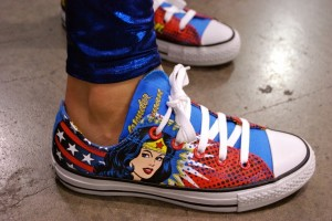 736x492px 8 Cool Wonder Woman Converse Shoes Picture in Shoes