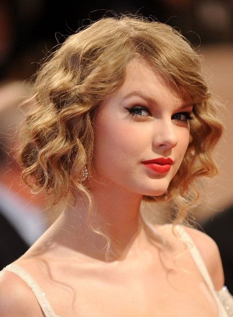 7 Fabulous Homecoming Hairstyles For Short Hair in Hair Style