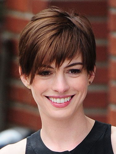 Growing Out Short Hair Woman Fashion Nicepricesell Com