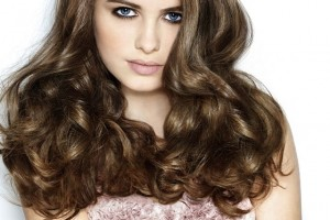Hair Style , 7 Unique Long Hair Curled Styles : Latest Long Wavy Hair