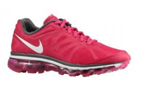 750x750px 7 Cool Nike Woman Running Shoes Picture in Shoes