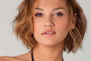Hair Style , 6 Best Short Hairstyles For Round Faces And Thick Hair : Short Wavy Hairstyles
