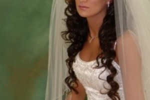 Hair Style , 5 Top Wedding Veil Styles With Long Hair : Wedding Hairstyle Long Curly
