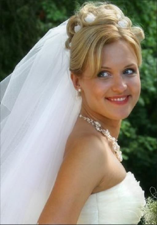 5 Top Wedding Veil Styles With Long Hair in Hair Style
