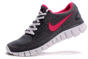 750x498px 7 Cool Nike Woman Running Shoes Picture in Shoes