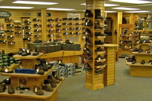2041x1185px 8 Best Woman Shoe Stores Picture in Shoes