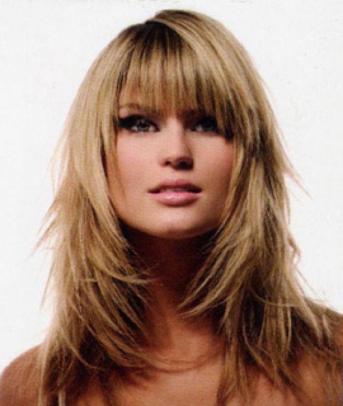 7 Beautiful Haircut Styles For Long Hair With Side Bangs in Hair Style