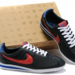 nike Cortez sports shoes , 5 Nice Woman To Man Shoes In Shoes Category