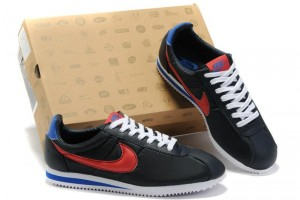 Shoes , 5 Nice Woman To Man Shoes : nike Cortez sports shoes