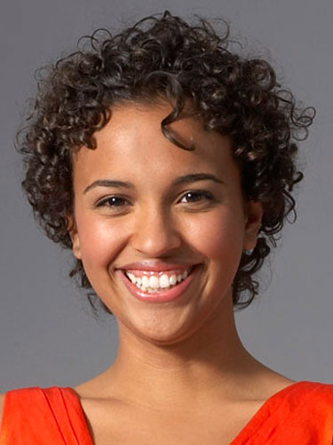 7 Fabulous Short Hairstyles For Naturally Curly Hair in Hair Style
