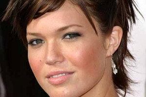 Hair Style , 6 Best Short Hairstyles For Round Faces And Thick Hair : short hairstyles for round faces
