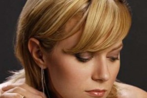 Hair Style , 8 Beautiful Short Hairstyles For Round Faces And Thin Hair : short hairstyles
