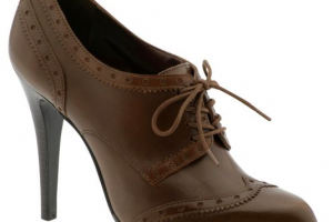 Shoes , 5 Nice Woman To Man Shoes : womens oxford shoes