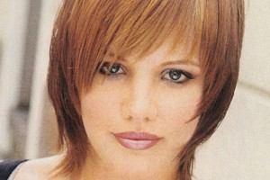 Hair Style , 9 Charming Medium Style Haircuts For Fine Hair : Below Chin Fine Hair Shag Haircut