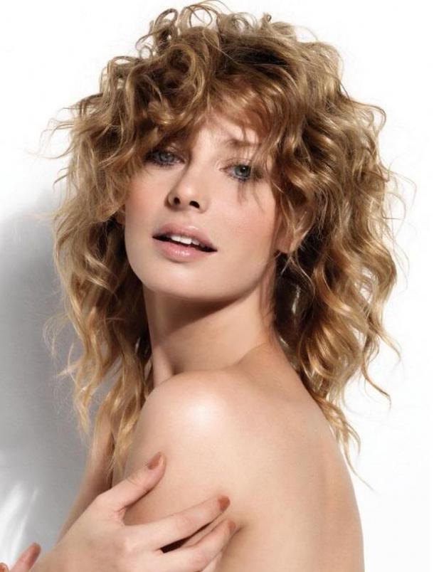 Hair Style , 9 Beautiful Medium Wavy Hair Styles : Best Medium Length Curly Hairstyles 2013