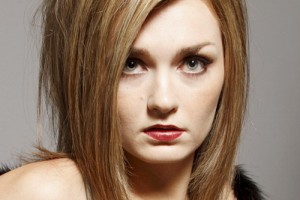 Hair Style , 8 Gorgeous Hair Styling Ideas For Medium Hair : Blonde Hairstyles For Medium Hair