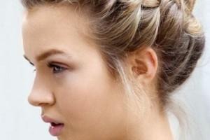 Hair Style , 8 Beautiful Bridesmaid Hairstyles For Short Hair : Bridal Hairstyles