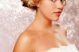500x750px 8 Beautiful Bridesmaid Hairstyles For Short Hair Picture in Hair Style