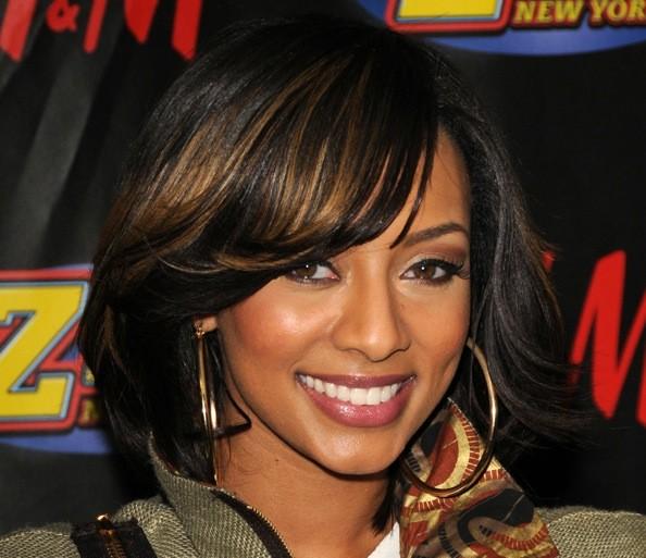 9 Fabulous Medium Length Hair Styles For Black Women in Hair Style