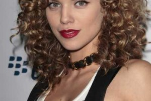 Hair Style , 9 Charming Perm Styles For Medium Length Hair : Hairstyles for Women