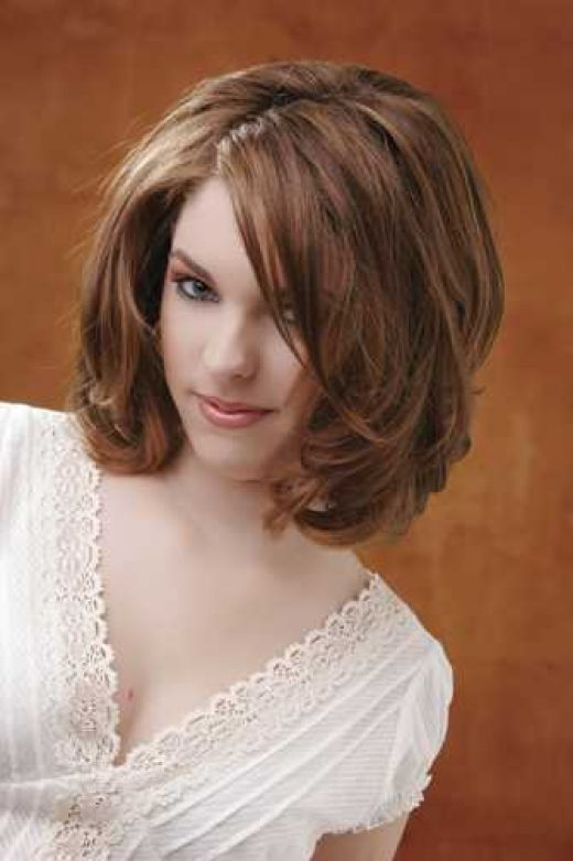 9 Lovely Medium Style Haircuts For Thick Hair in Hair Style