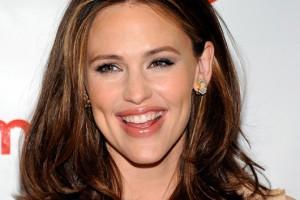 Hair Style , 8 Nice Medium Length Hair Styles For Older Women : Medium Length Hairstyles for Women Over 40