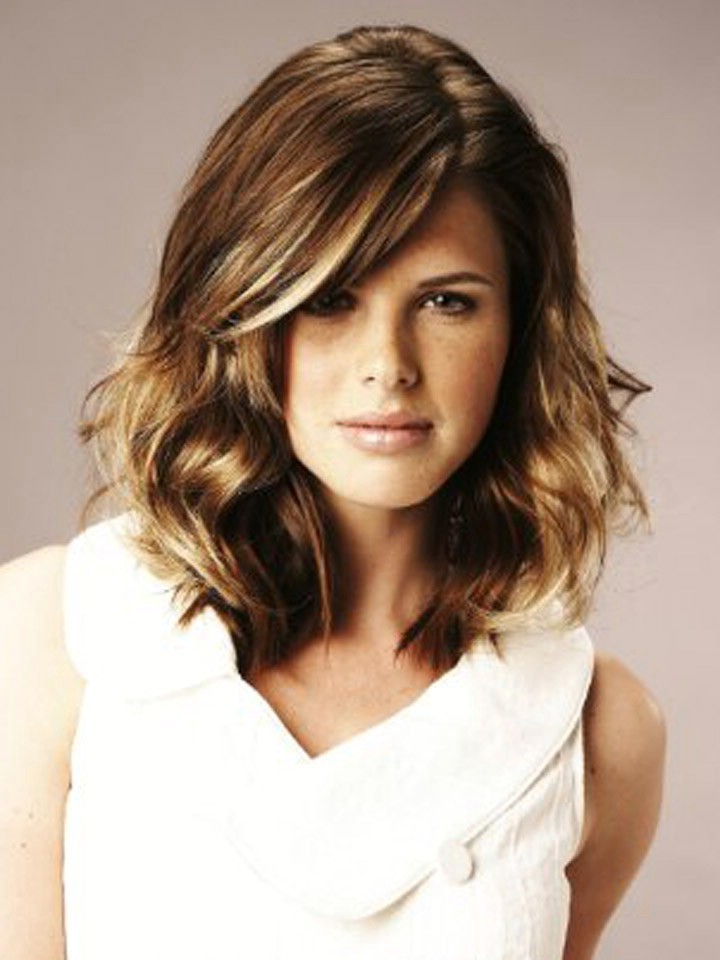 Medium Length Trendy Hairstyles 2012 Woman Fashion Nicepricesell