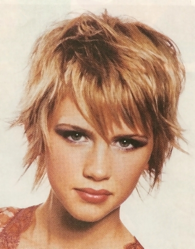 Hair Style , 9 Cute Short Hairstyles For Fat Faces : Short Hairstyles For Round Faces Hairstyles