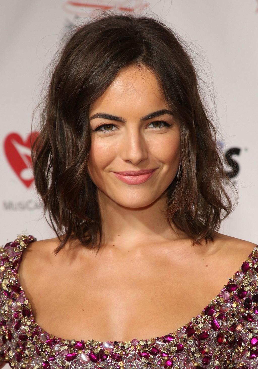 Hair Style , 9 Beautiful Medium Wavy Hair Styles : Sleek Medium Length Wavy Hairstyles