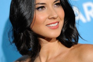 Hair Style , 8 Charming Medium Hair Styles For Round Faces : Women hairstyles for round faces