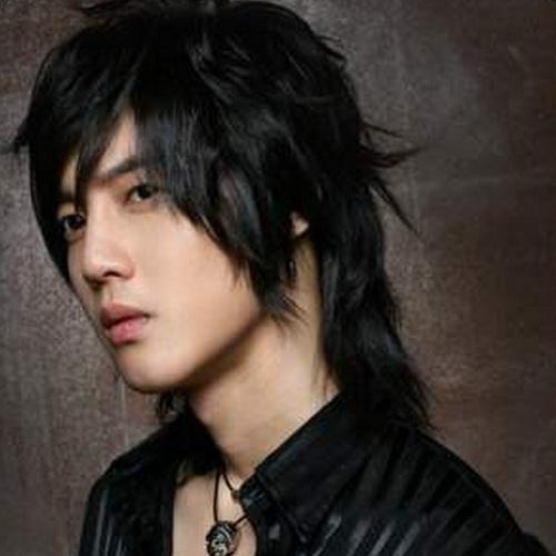 6 Cool Medium Length Hair Styles For Men in Hair Style