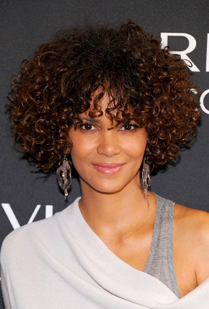 Hair Style , 10 Cute Natural Styles For Medium Length Hair : Celebrity Inspired Natural Hairstyles