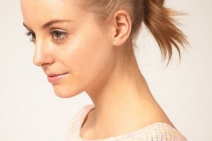 Hair Style , 8 Cute Ponytail Styles For Medium Hair : cute ponytail hairstyles