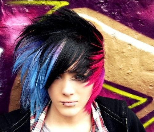 7 Cool Short Emo Hairstyles For Guys in Hair Style