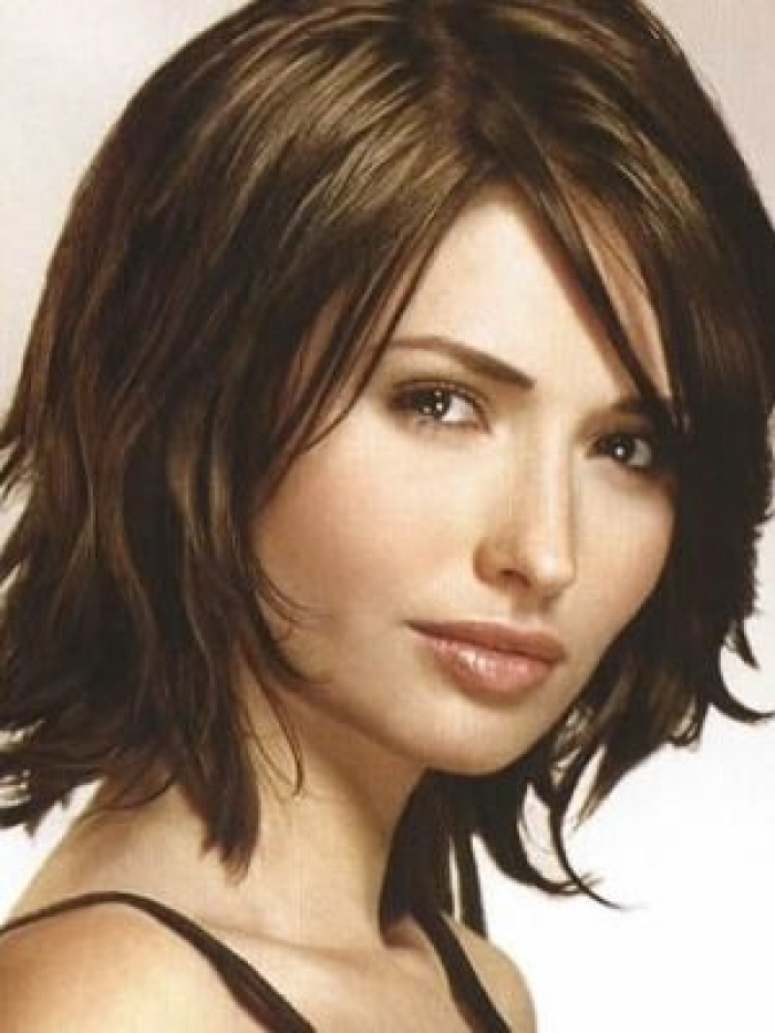 Medium Hairstyles : 9 Lovely Medium Style Haircuts For Thick Hair ...