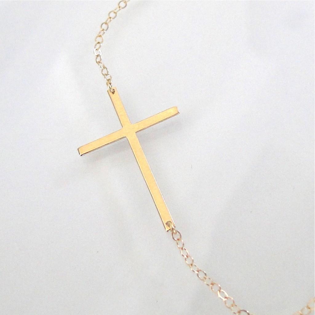 Jewelry , 8 Fabulous Sideways Cross Necklaces For Women : Gold Cross Necklace Kelly
