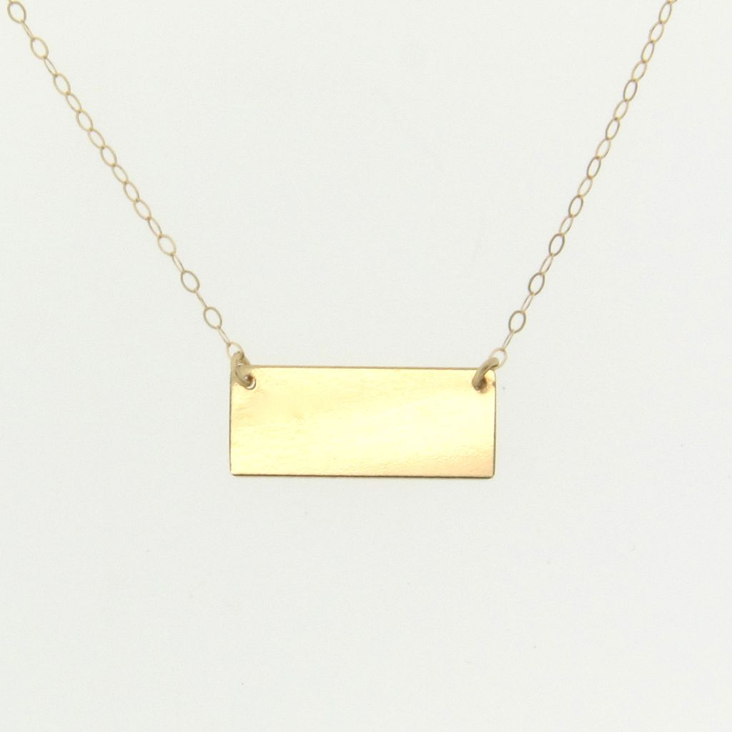 8 Nice Nameplate Necklace White Gold in Jewelry
