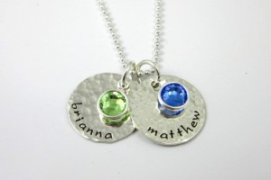 550x531px 8 Amazing Mothers Birthstone Necklaces Picture in Jewelry