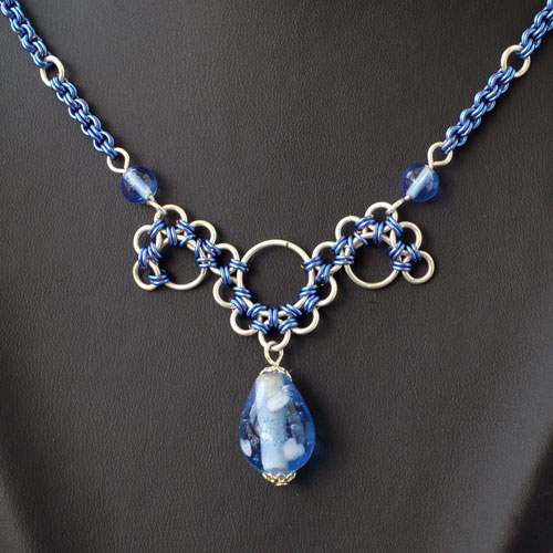Jewelry , 9 Charming Chainmail Necklace Patterns : Blue Necklace