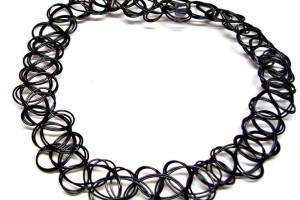 850x850px 8 Cool 90s Choker Necklace Picture in Jewelry