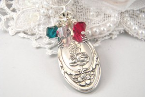 Jewelry , 7 Fabulous Birthstone Necklaces For Grandmothers :  diamond necklace